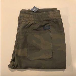 Abercrombie & Fitch Skinny Camo Sweatpants